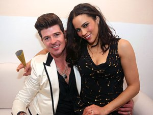 robin-thicke and wife